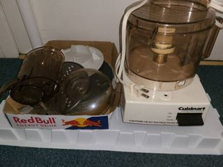CUISINART FOOD PROCESSOR with accessories