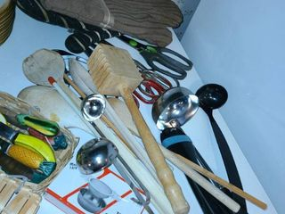 Miscellaneous Kitchen Utensils and 2 Oven Mitts