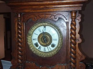 Ansonia Clock Company Handcarved Wooden Clock 18 5 x 14 x 6 in