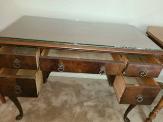 Desk  With 5 drawers  30 x 40 x 20  Has glass top
