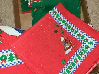 CHRISTMAS DECOR  Napkins and a Table Cloth