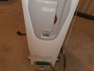 DElONGHI  Electric Floor Heater
