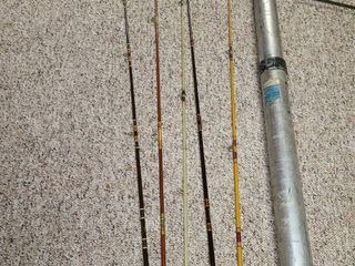 5 Fishing Rods with Telescopic Rod Case