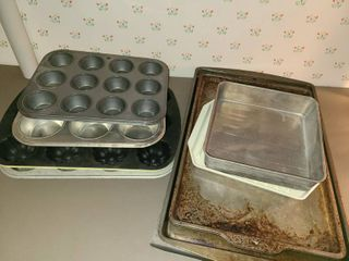 Bakeware Cookie Sheets  Muffin pans