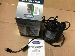 1 4 HP Submersible Thermoplastic Utility Pump by Superior Pump in good condition
