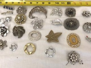 24  Vintage Pins and Brooches