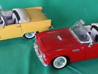 Two 1955 Ford Thunderbird SS  1 24 Scale