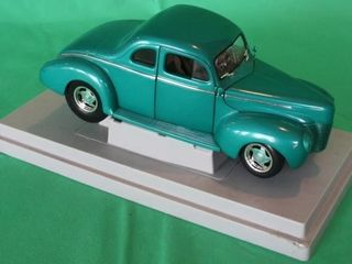 1940 Ford Coupe  1 18 Scale