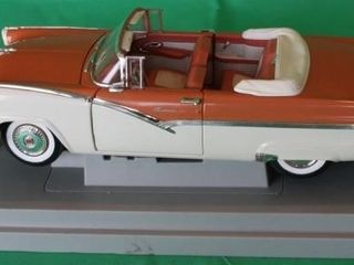 1956 Ford Sunliner  1 18 Scale  Base Included