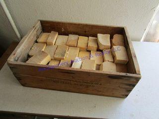 BOX OF lYE