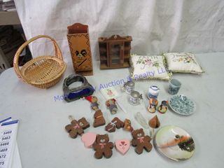 ODD COllECTABlES