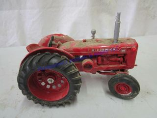 WD9 TRACTOR