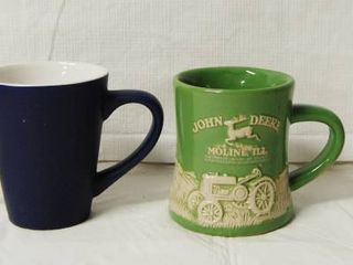 lot of 2 Glasses and 2 Coffee Cups  One of the Coffee Cups Is A 3D JOHN DEERE  Its Very Cool