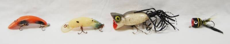 lot of 4 Fishing lures