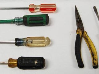 lot of 5 Screw Drivers  Apex and Phillips Heads  and Needle Nose Pliers