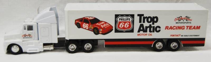 Semi Truck  Phillips 66 Trop Artic