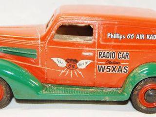 limited Edition Phillips 66 Air Radio Car  Coin Bank w Key