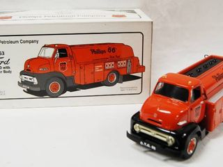 PRECISION COllECTIBlE  1953 Ford C 600 w  Tanker Body  Phillips 66  Phillips Petroleum Company   Die Cast Metal
