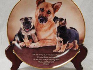 Beautiful limited Edition  German Shepherd Plate w  Stand  Faithful Friend  Plate   J1446 The Danbury Mint