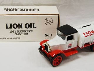 lion Oil  1931 Hawkeye Tanker  with locking Coin Bank w Key  No  1 Series  Die Cast Metal