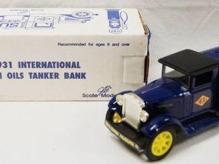 1931 International Sun Oils Tanker Bank Truck  with locking Coin Bank  w Key   Die Cast Metal