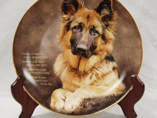 limited Edition  German Shepherd Plate w  Stand  Someone To Comfort  Plate   J1446 The Danbury Mint