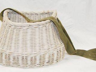 White Wicker Basket w  Handle