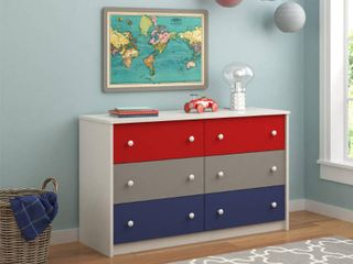 Ameriwood Home Kaleidoscope Classic 6 drawer Dresser by Cosco  Retail 269 99