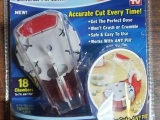 Pill Perfect Universal Pill Cutter