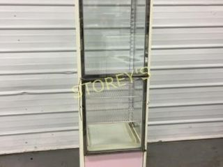 Foster Pink Ref  Cake Display   FSR 250E