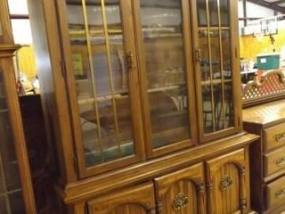 China Cabinet  lighted  2 Piece