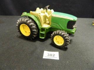 John Deere Ertl Tractor