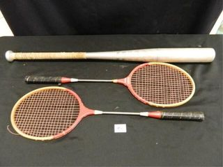 Aluminum Bat  2 Badminton Rackets
