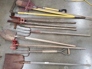Asst  shovels  rakes  hoe  etc
