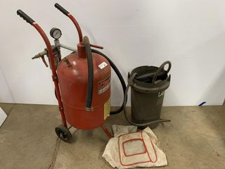 Clarke 10 Gallon Sandblaster