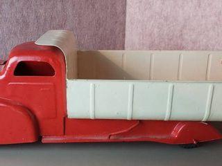 VINTAGE louis Marx lumar Dump Truck   21 in  long