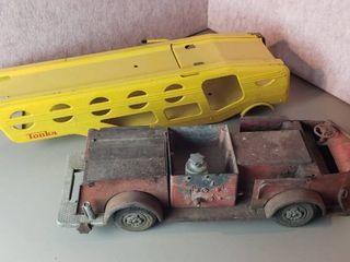 Vintage Rossmoyne Pumper Firetruck  18 5 in  long  and Tonka Metal Car Hauler Trailer  No Axle   21 5 in  long