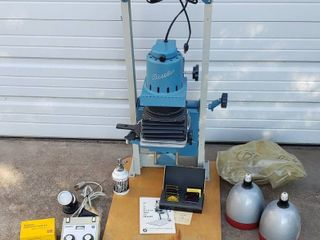 Beseler Model 23C Enlarger  works 18 x 25 x 37 in tall  and other dark room accessories