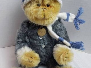 cm Bear   Detrick   Unique  Hand Crafted Jointed Bear   Numbered 36 68   16 in  Blonde Bear w Hat   Scarf