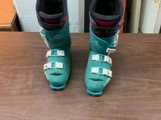 lANGE XRI snow ski boots