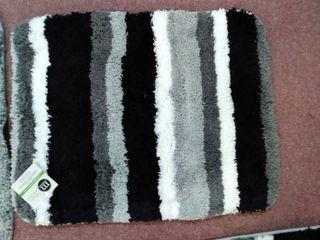 Mdesign home decor  Bathroom set trio  toilet mat 21 x17  sink mat 34 x20  tubat 61 x21  grey   black   white