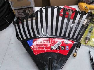 Craftsman 30 inch leaf rake head only come this picture