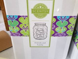 Scentsy friends and family warmer New