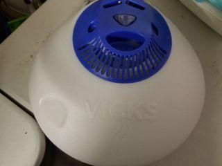 Infant bath and Vicks humidifier