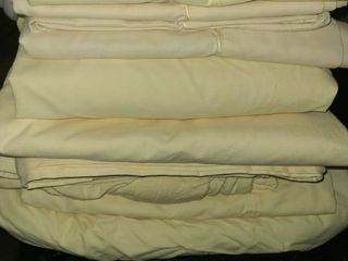 TWIN BEDDING  3  SETS OF YEllOW SHEETS