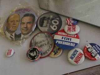 Ford   Dole   Nixon election buttons
