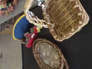 baskets   plate holder