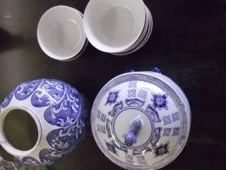 blue white vase and bowl   china