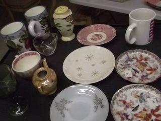 oriental plates   mugs   tea pot