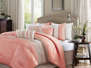 Madison Park Olympia 7 piece Comforter Set  Retail 112 92